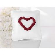 Cuscino porta fedi con cuore rosso