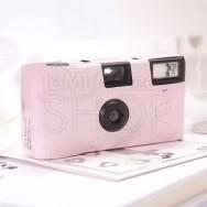 Macchinetta fotografica usa e getta rosa