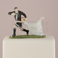 Cake topper sposi che giocano a rugby