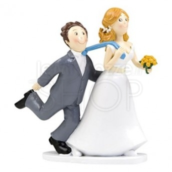 Cake topper sposi con sposo trascinato dalla cravatta