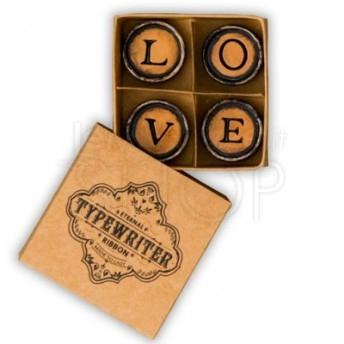 Magnetico scritta Love