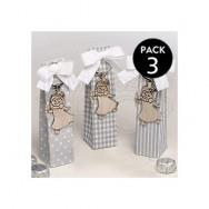 Portachiavi in metallo a forma di bimba con candela + tre cioccolatini