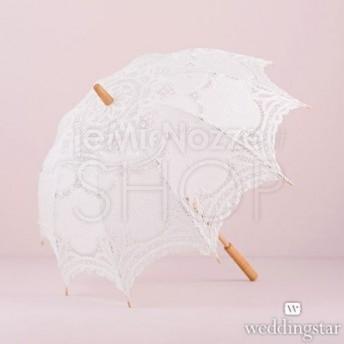 Ombrello bianco in pizzo