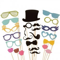 Mascherine divertenti occhiali, baffi e pipe