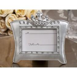 Cornice in argento luminoso con tiara