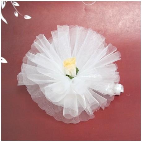 Bomboniera bianca con fiore in organza bianco e giallo