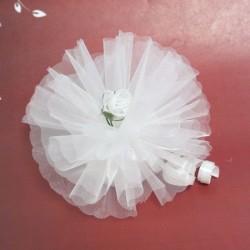 Bomboniera bianca con fiore in organza bianco