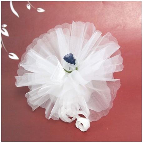 Bomboniera bianca con fiore in organza bianco e blu navy