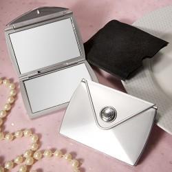 Specchietto argentato dal design elegante