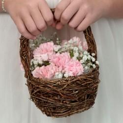 Cesto di fiori in rattan