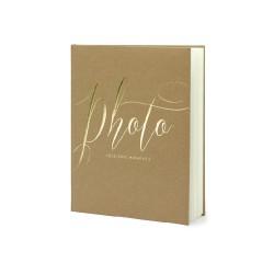 Album di foto beige con scritta dorata