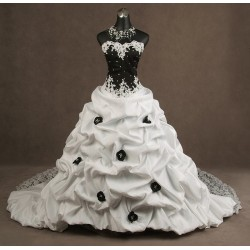 Abito da sposa e cerimonia principesco Mod. Maria Regina