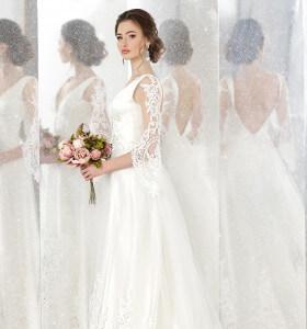 fa963be810e8 LeMieNozze SHOP - Abiti da sposa in pizzo  ecco i modelli più richiesti