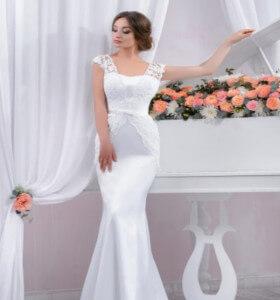 2bf0fff15922 LeMieNozze SHOP - Abiti da sposa in pizzo  ecco i modelli più richiesti