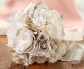 Bouquet di fiori in stile country