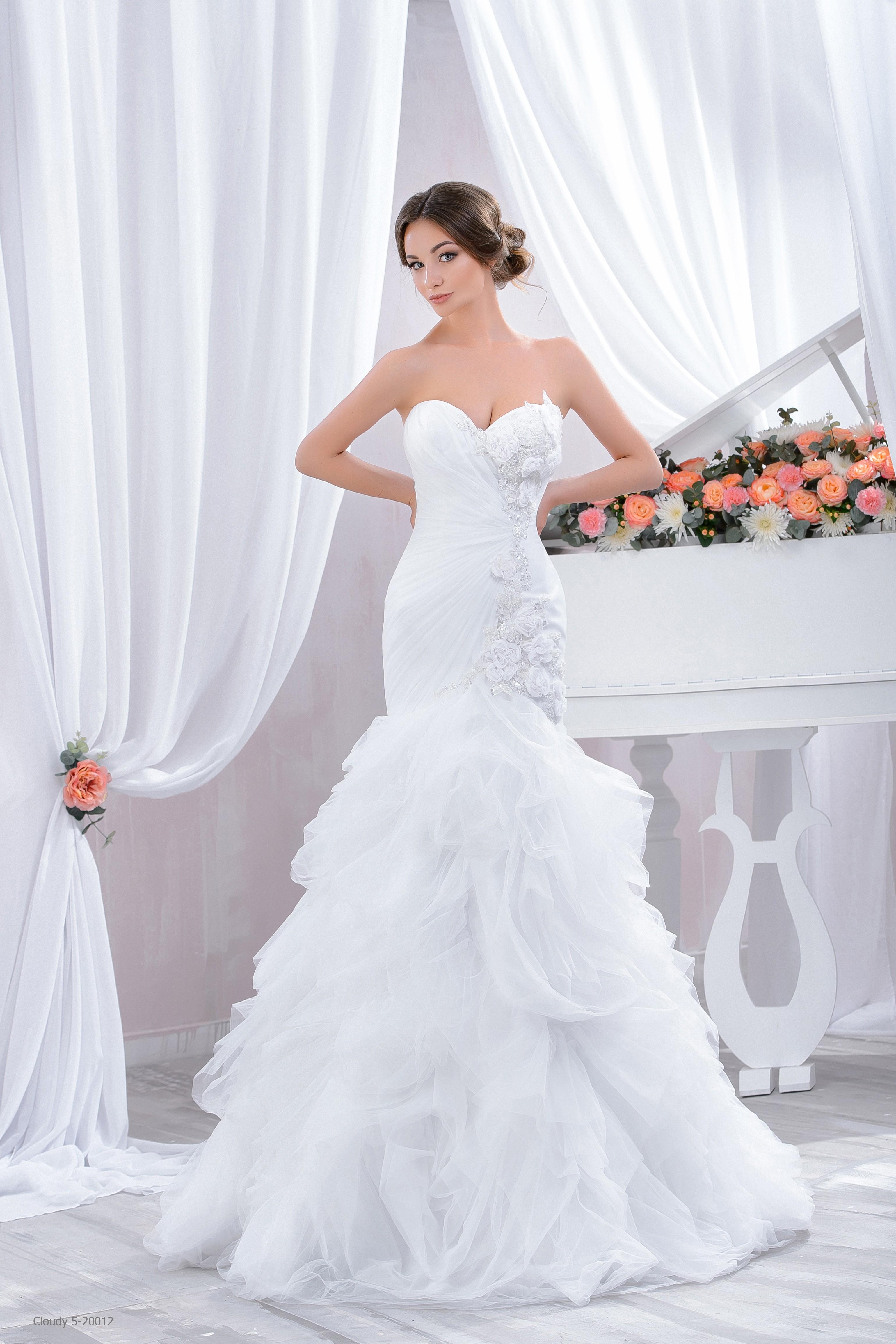 Abiti Da Sposa Sirena.Abito Da Sposa A Sirena Mod Amalia Lemienozze Shop